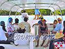 cartagena-women-boat-1104-12
